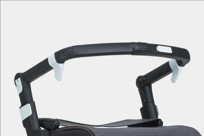 Rollz Flex con frenos de presión Fliprem en manillar en posición adelantada de andador